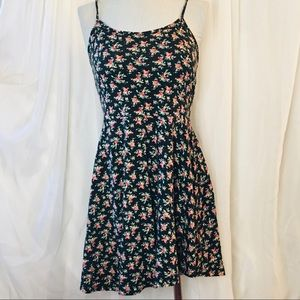 5/25 COTTON ON floral basic slip dress